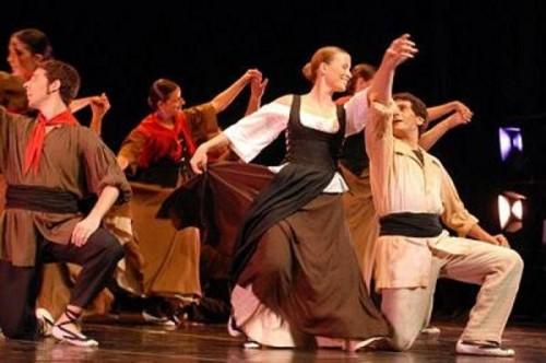 Esbart Dansaire de Rubi